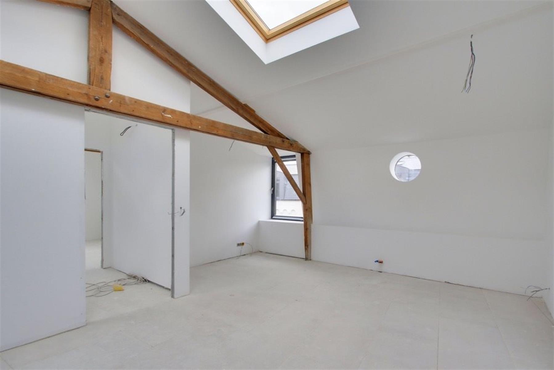 Maison de 230 m2 avec 3 ch, 3 sdb et jardin !