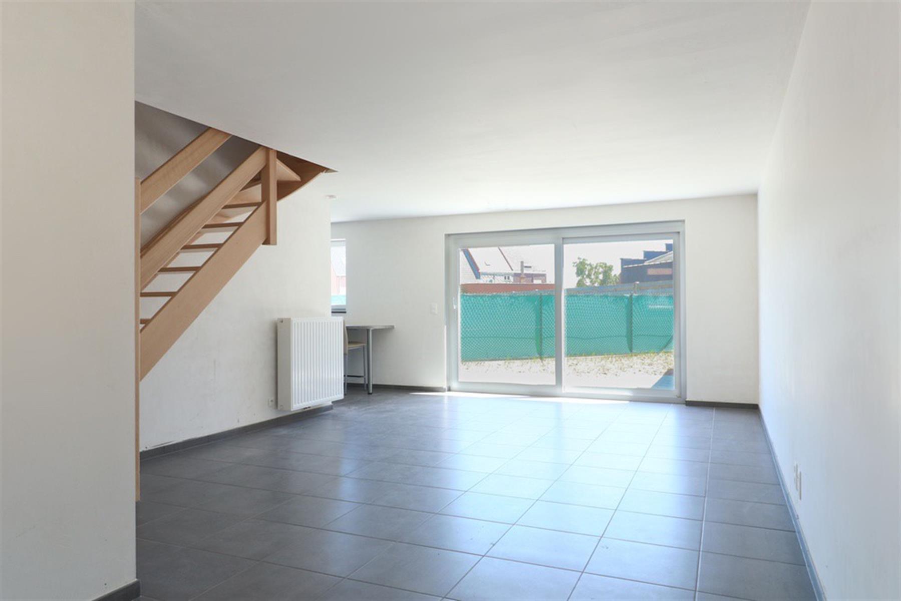 !!! OFFRE EN COURS !!! Maison NEUVE avec garage et petit jardin !