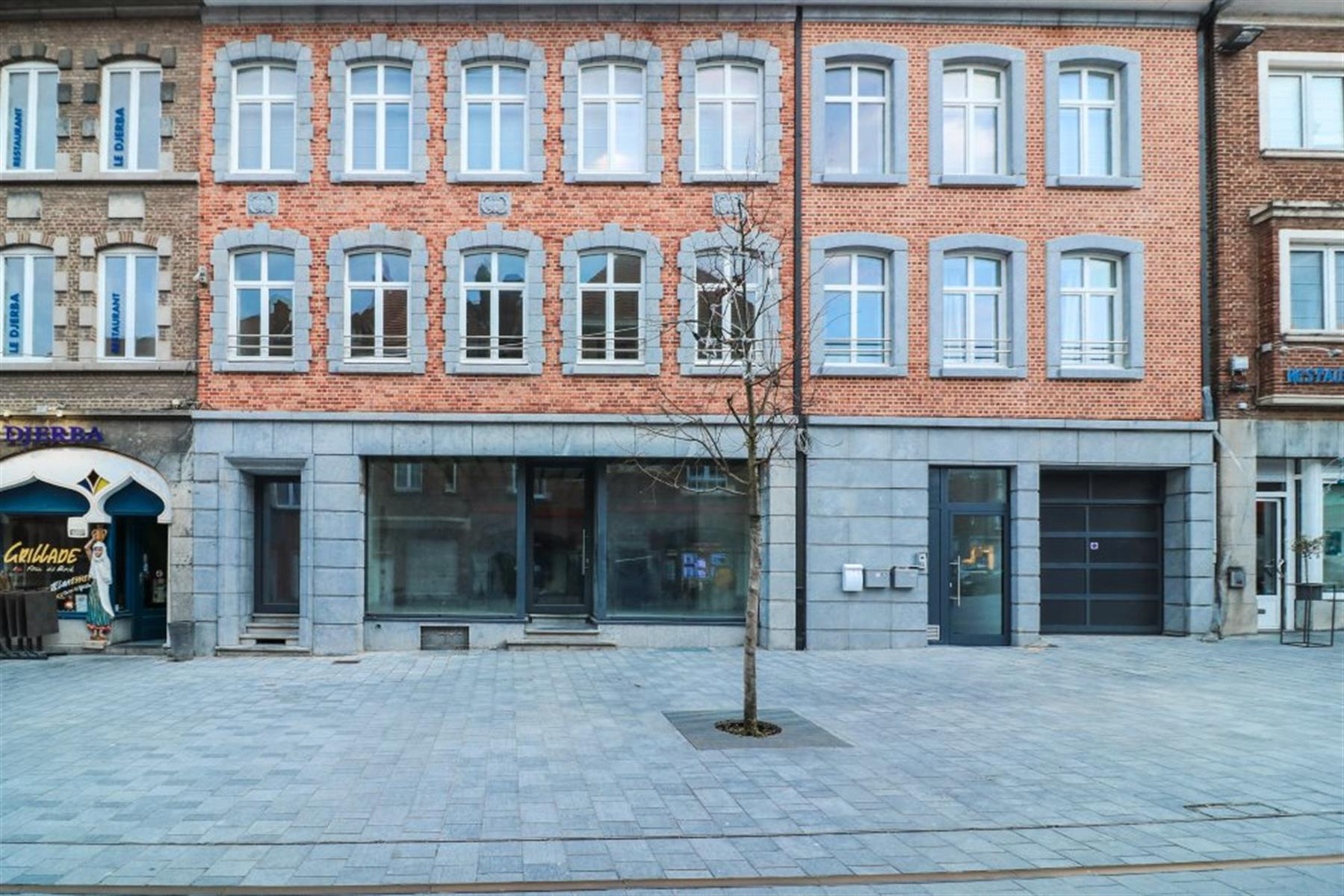 Surface commerciale - 151m²