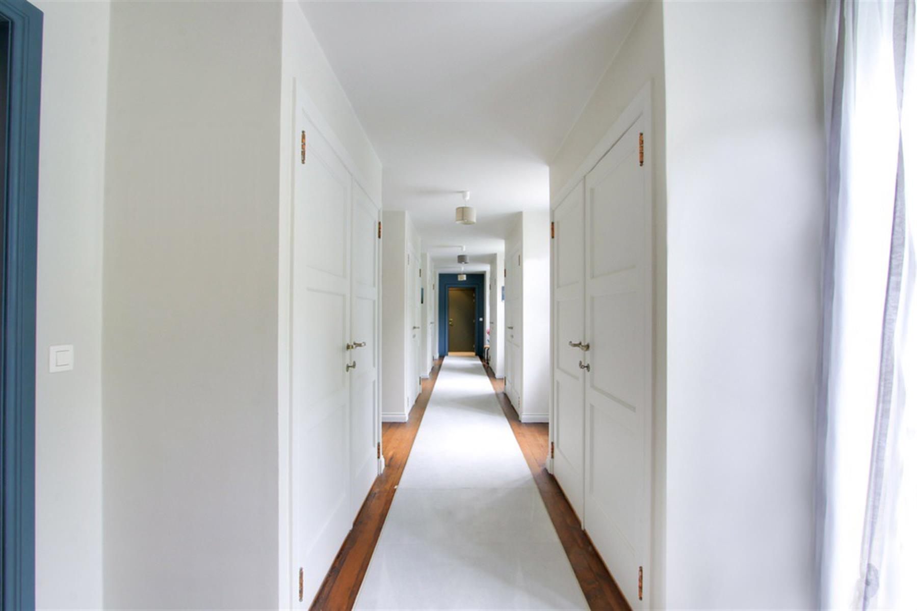 Imposante propriété érigée sur plus de 15.000 m² à l`abri des regards